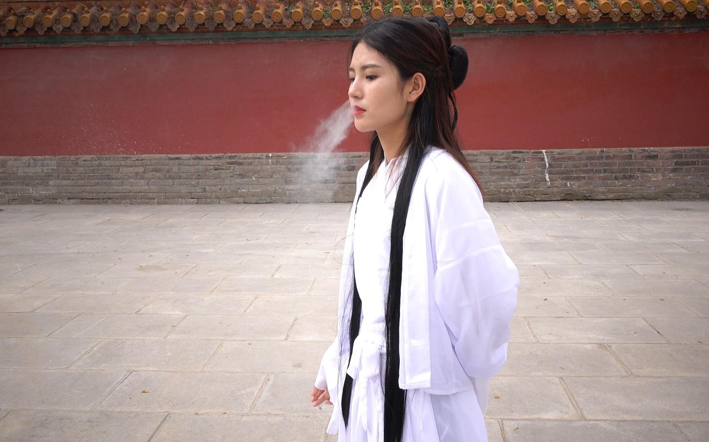 【K&M】KM芮芮超美古装小姐姐吸烟