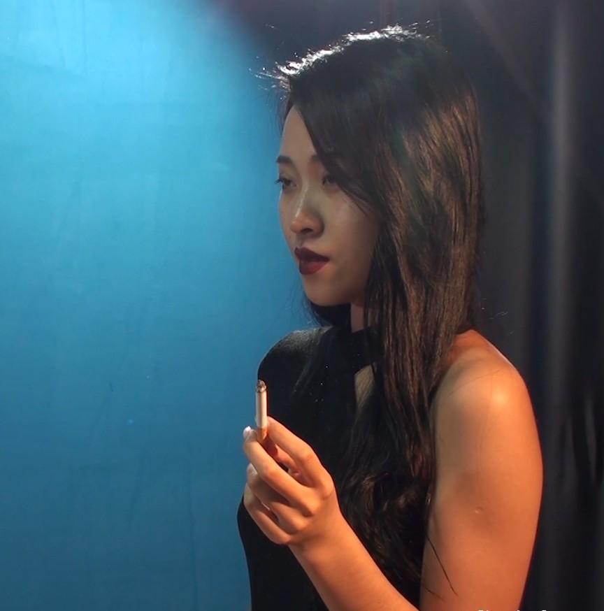 超美小姐姐(指如削葱根,口如含朱丹)抽烟实录