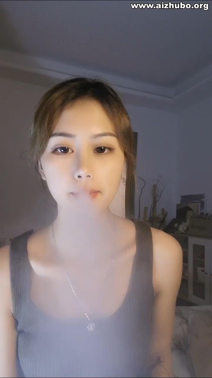 广州高颜值极品妹熬夜直播